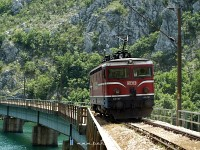 The ŽFBH 441 307 in the Neretva-valley