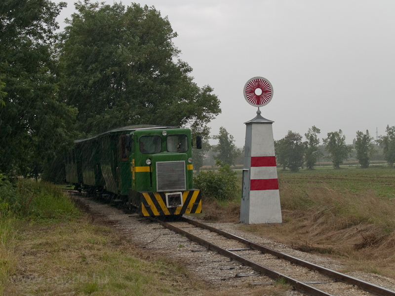 The Széchenyi Museum Railway's C50 of road number 2921 001-0 at Nagycenk photo