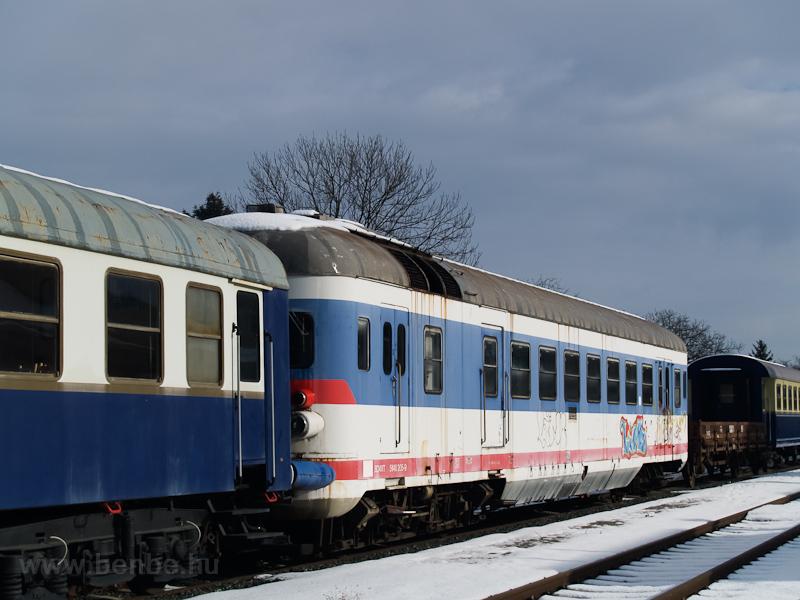 ÖBB 5046-os motorkocsi a Südburgenlandische Regionalbahn telephelyén Nagyszentmihályon (Großpetersdorf, Ausztria) fotó