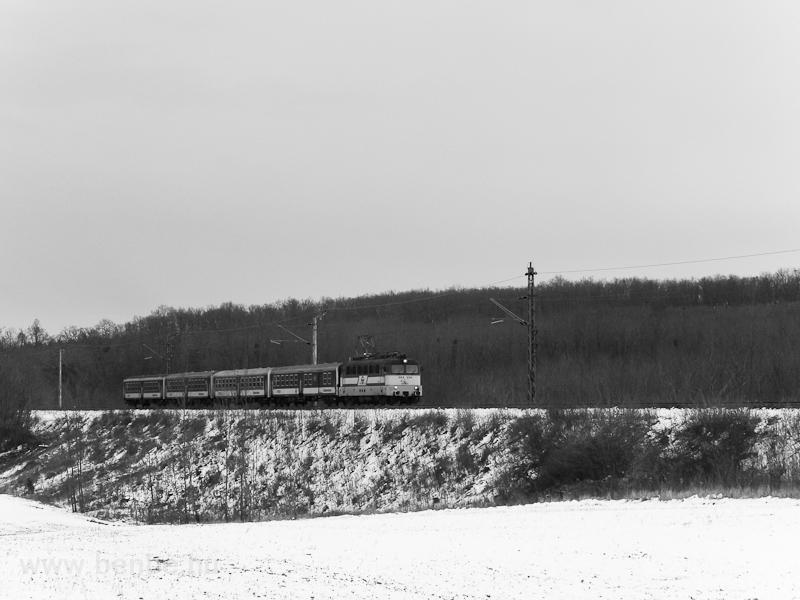 A GYSEV V43 334 Acsád és ük fotó