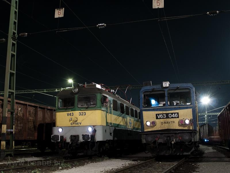 A MÁV-TR V63 046 és a GYSEV V43 323 Sopron-Rendezőben fotó