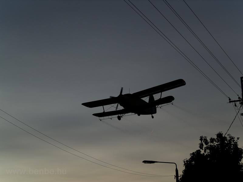 Szúnyogírtó AN-2-es Fertőrákoson fotó