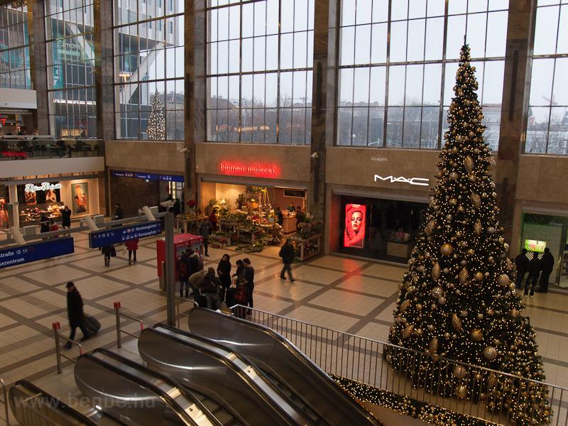 A Westbahnhof kultúrált és  fotó