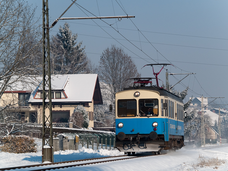 The StLB railcar number ET1 seen between Feldbach Landesbahn and Oedt Siedlung photo