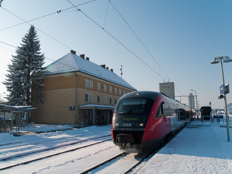 Az ÖBB 5022 059-7 pályaszámú Desiro motorvonata Feldbach állomáson fotó