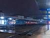 Szokásos pozsonyi este: egy szlovákiai túrámról Bécsen át Sopronba kellett eljutnom, ekkor fotóztam az érsekújvári személyvonat élén a MÁV-TR 431 153-ast Pozsony Főpályaudvaron