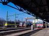 Ismét Sopron: a GYSEV 430 330-as Szili, a 2446 517-es csuklós Jenbacher és a 448 305-ös Bobó, a MÁV-TR 460 052-es Szöcske és az ÖBB 5047 069-0 pályaszámú szóló Jenbacher pózoltak a kamerának