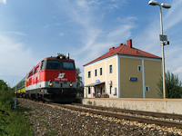 The ÖBB 2143 009-5 at Lépesfalva-Somfalva station (Loipersbach-Schattendorf, Austria)