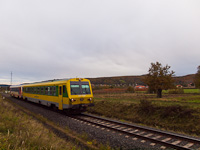 The GYSEV 247 509 is seen between Ágfalva and Loipersbach-Schattendorf