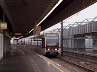A 2673 pályaszámú, T sorozatú metrószerelvény az U6-os vonal Neue Donau állomásán