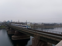 Az ÖBB 4020 295-4 Handelskai és Strandbäder között