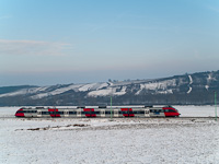 An ÖBB Talent electric multiple unit between Wulkaprodersdorf and Drassburg on the Austrian section of the Raaberbahn