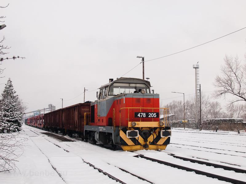 A 478 205 Lábatlanban fotó