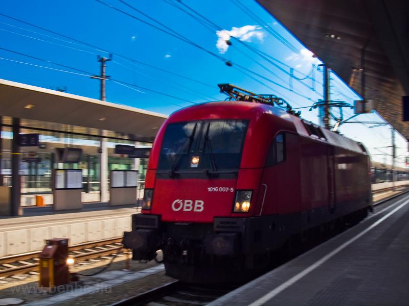 Az ÖBB 1016 007-5 St. Pöltenben fotó