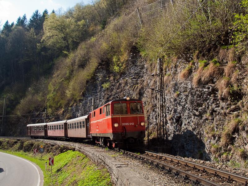 A NÖVOG 2095 013 Frankenfels és Schwarzenbach között fotó