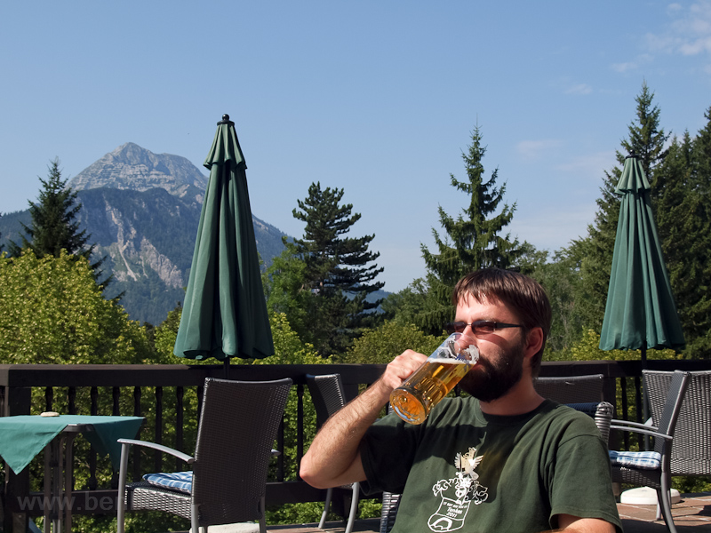 A beer and the Ötscher photo