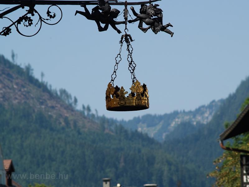 A Goldene Krone szálloda cégére Mariazellben fotó