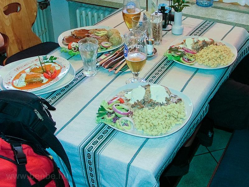 Ebédünk a Goldene Krone szá fotó