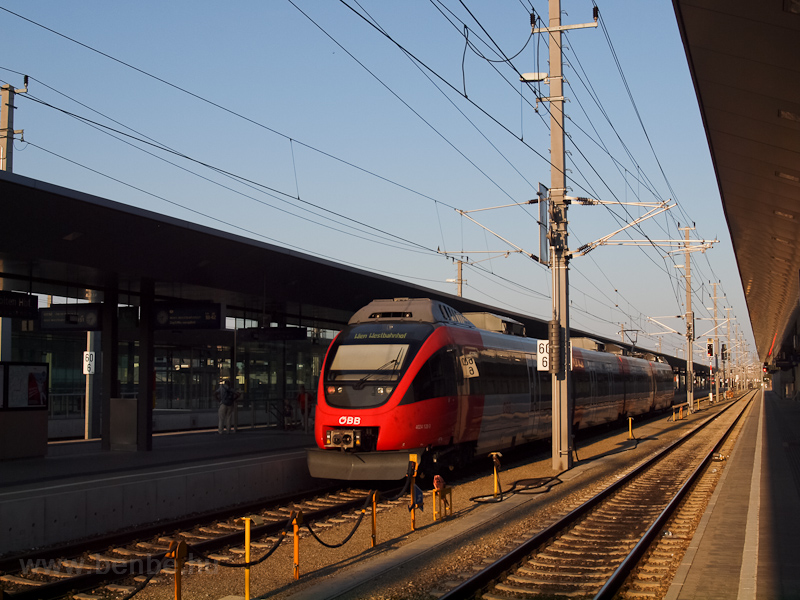A 4024 128-3 St. Pölten Hau fotó