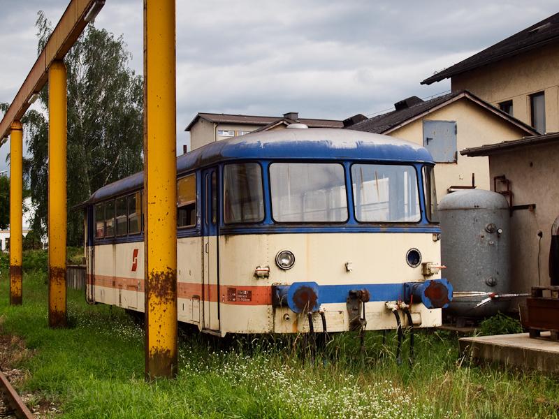 Egy Sinóból átépített ÖBB 5047-pótkocsi St. Pölten Alpenbahnhofon fotó