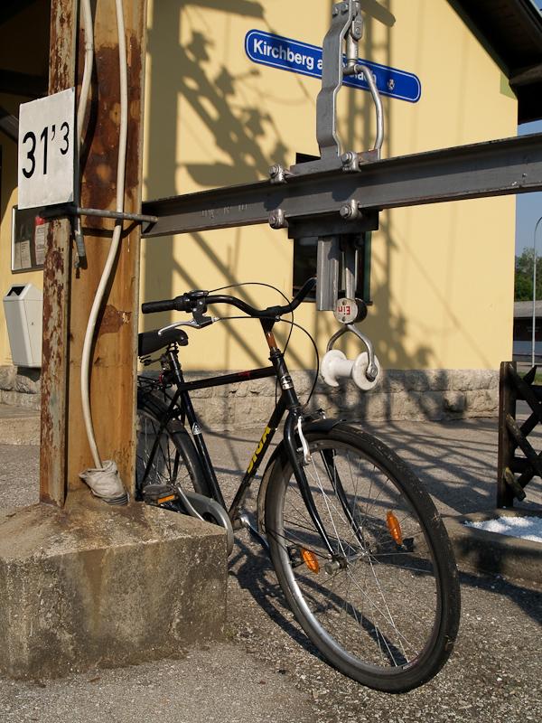 Lazán otthagyott kerékpár Kirchbergben fotó