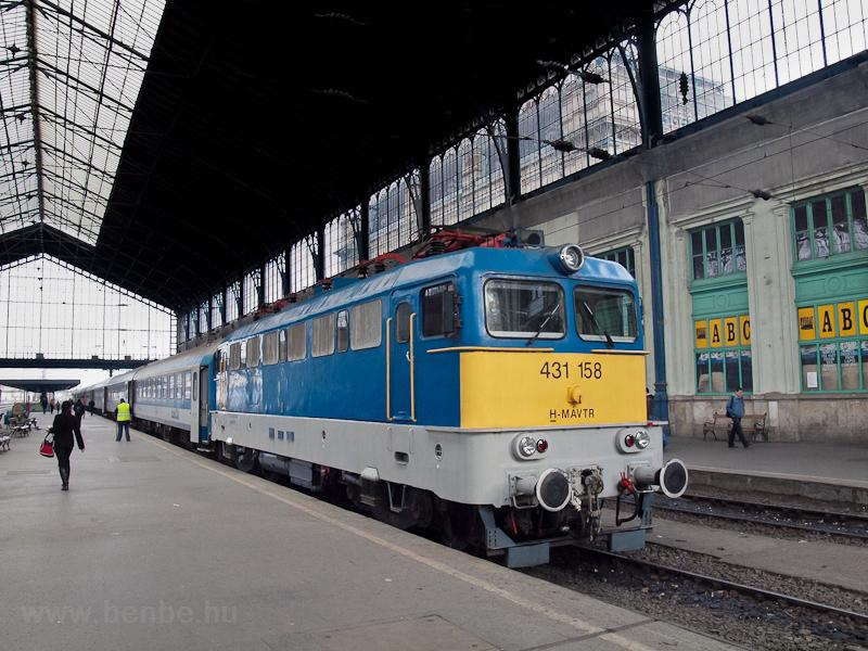 A MÁV-TR 431 158 Budapest-N fotó