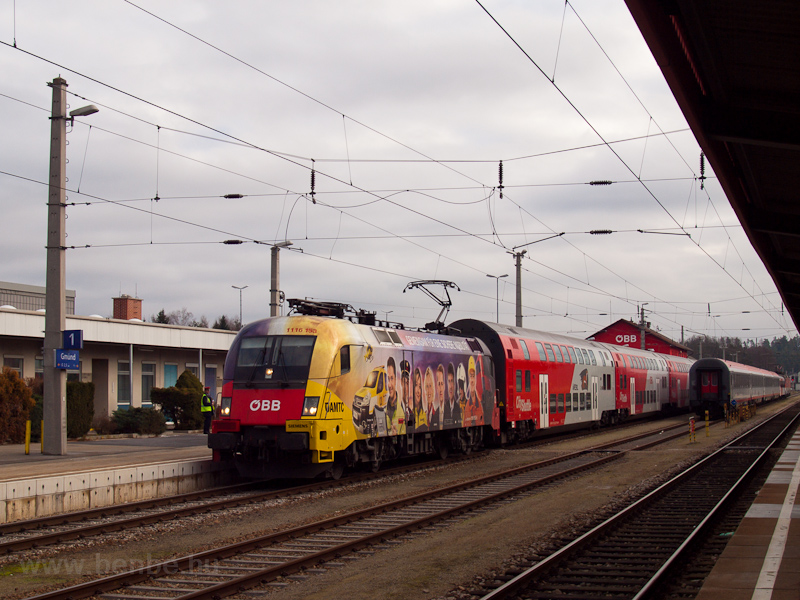 The ÖBB 1116 153 at Gmünd photo