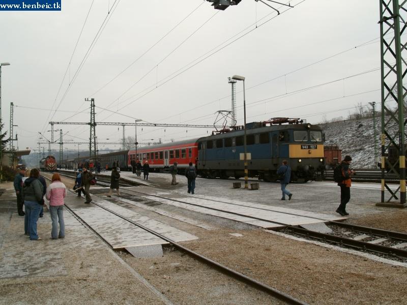V43 1127 Ajkán fotó