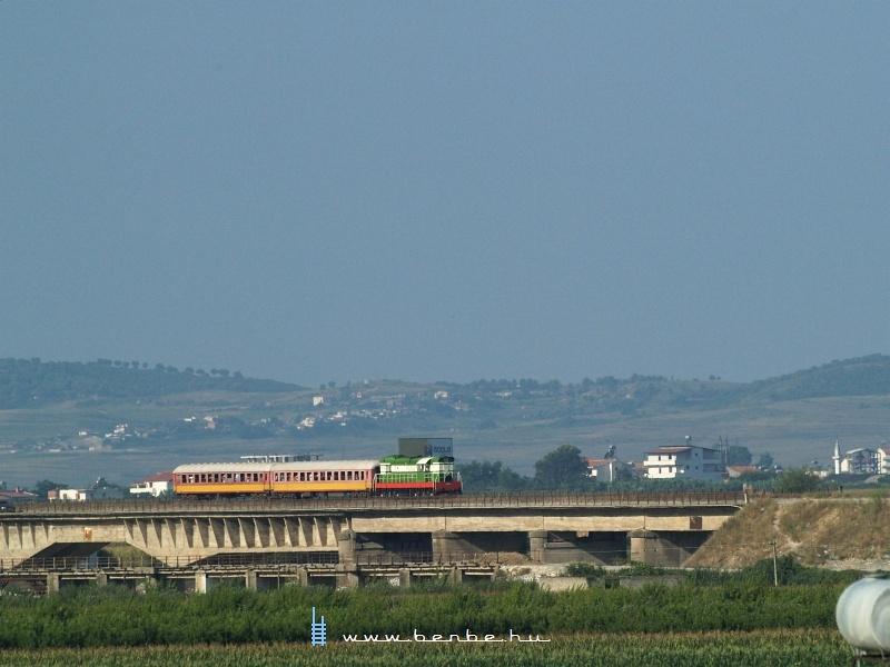 T669 1044 érkezik Vlorëból Rrogozhinëba fotó