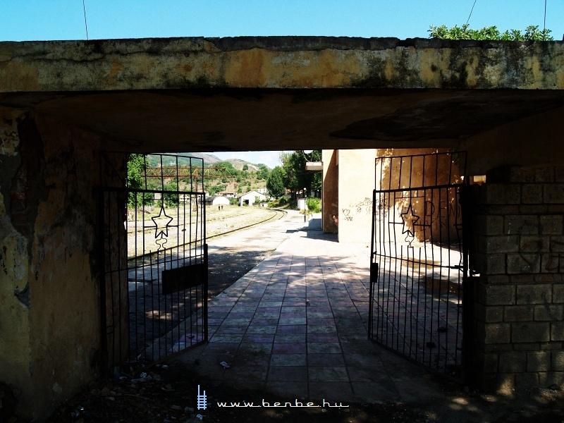 Librazhd állomás Albániában fotó