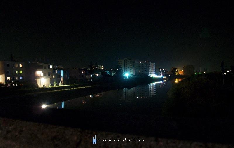 Látkép Lezhébõl, Albániából fotó