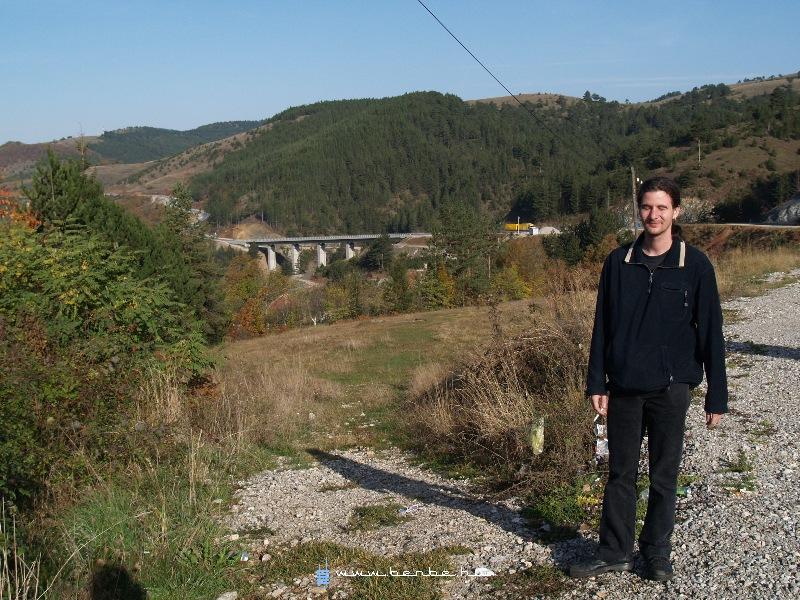 Szerpentinezés valahol Szerbiában fotó
