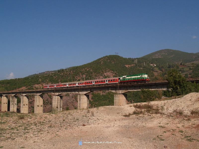 T669 1047 Qukes és Xhire között fotó