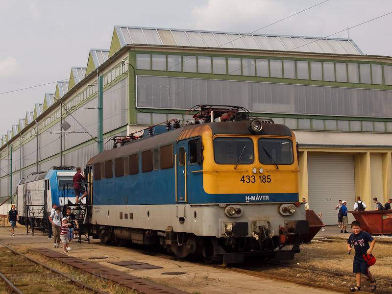 A MÁV-TR 433 185 a szolnoki JJÜ-ben fotó