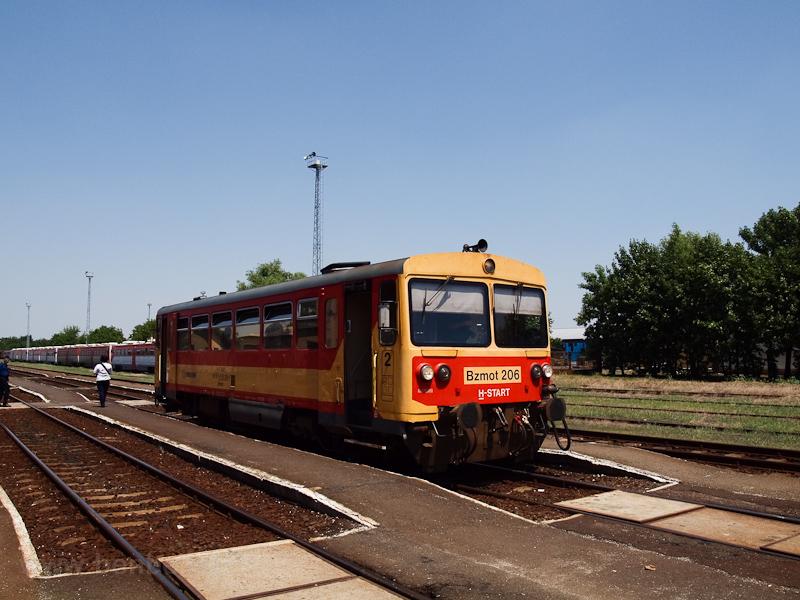 A MÁV-START Bzmot 206 Szent fotó