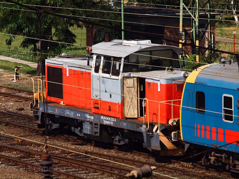 A MÁV-TR 478 232 tolat Szolnokon fotó