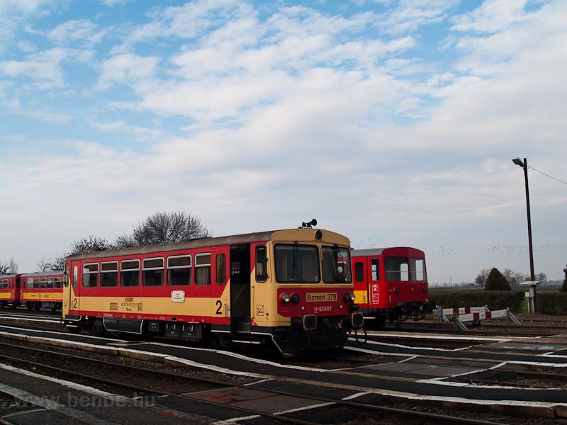 A MÁV-START Bzmot 379 Vésztő állomáson fotó