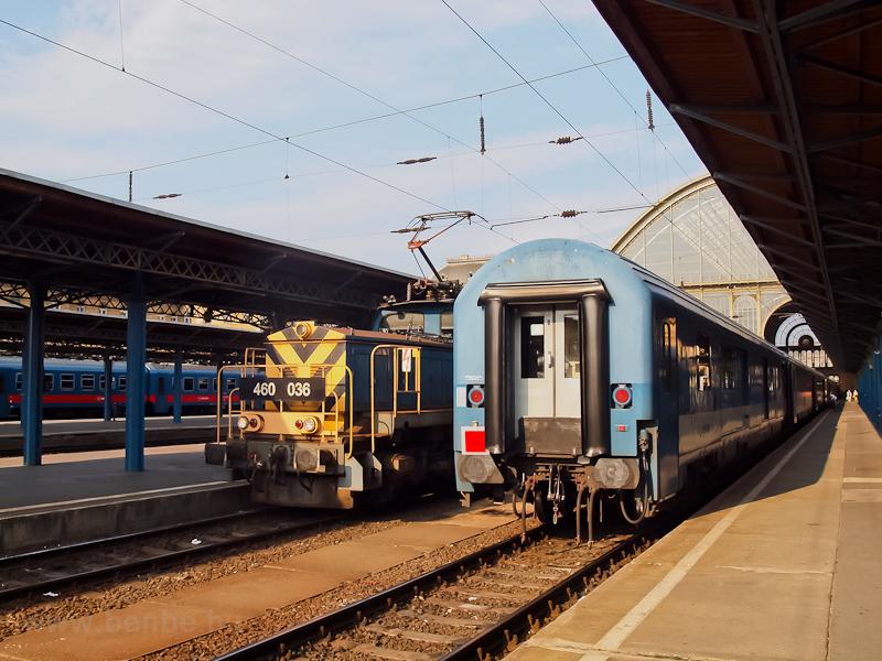 A MÁV-TR  460 036-os Szöcske a Keleti pályaudvaron fotó