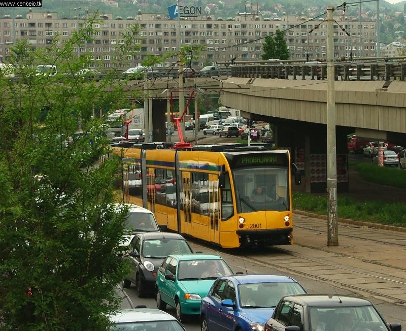 A 2001-es az Árpád híd felhajtóján fotó