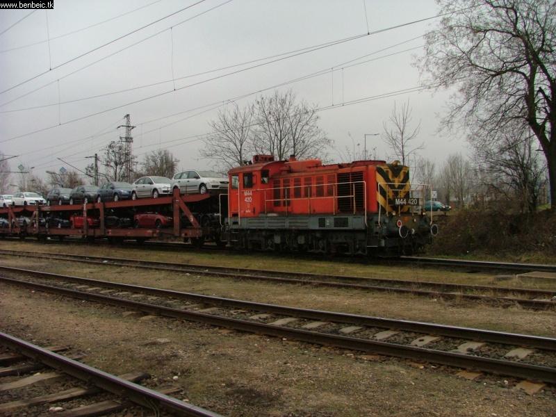 M44 420 Budaörsön fotó