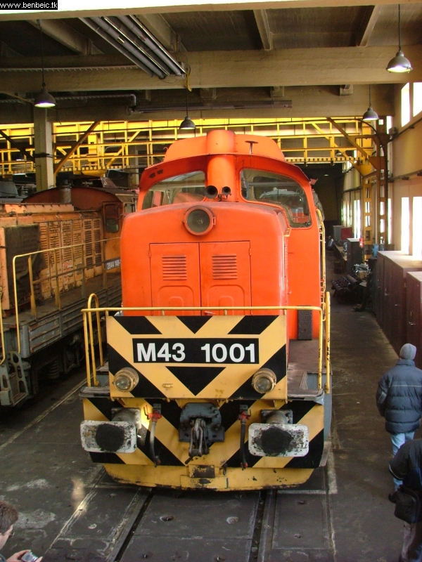 M43 1001 Szolnokon fotó