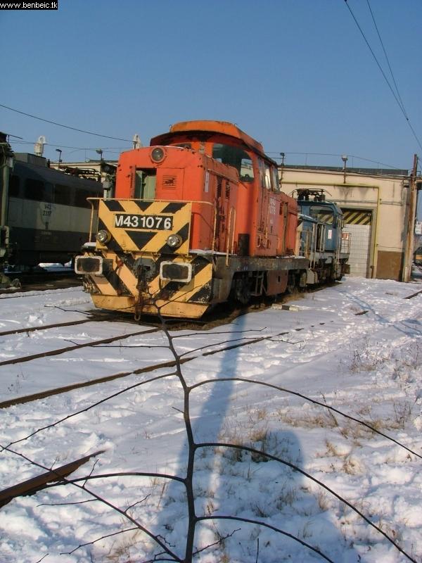 M43 1076 Szolnokon fotó