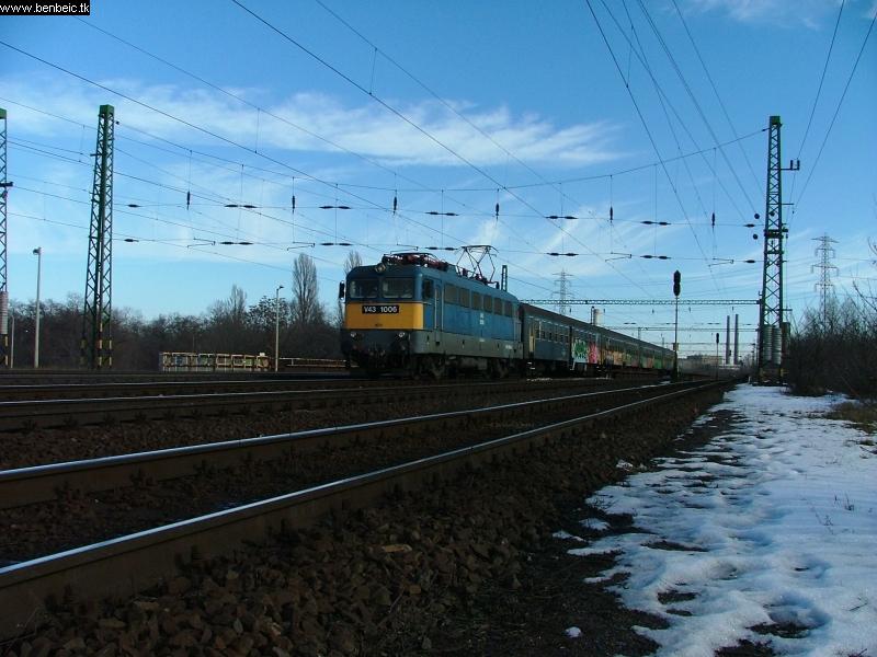 V43 1006 Ferencváros elõtt fotó