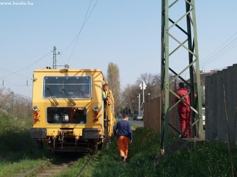 A Szentesi Vasútépítõ aláverõgépe Pestszentlõrincen fotó