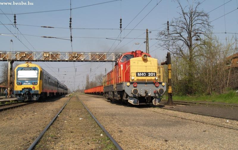 Bmxt 008 és M40 201 Rákospalota-Újpesten fotó