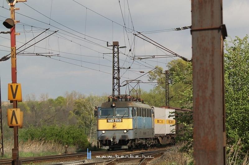 V43 1177 Herceghalomban fotó