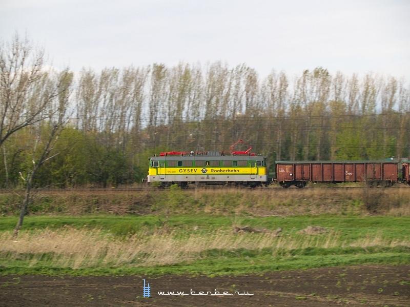 V43 328 Herceghalomban fotó