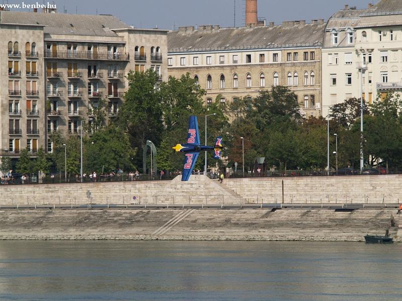 Red Bull Air Race Budapest fölött fotó