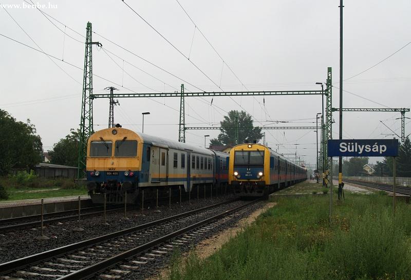 BDt 405 és 418 Sülysáp állomáson fotó
