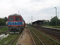 The GFR 60 1525-9 private diesel locomotive at Magl�d station